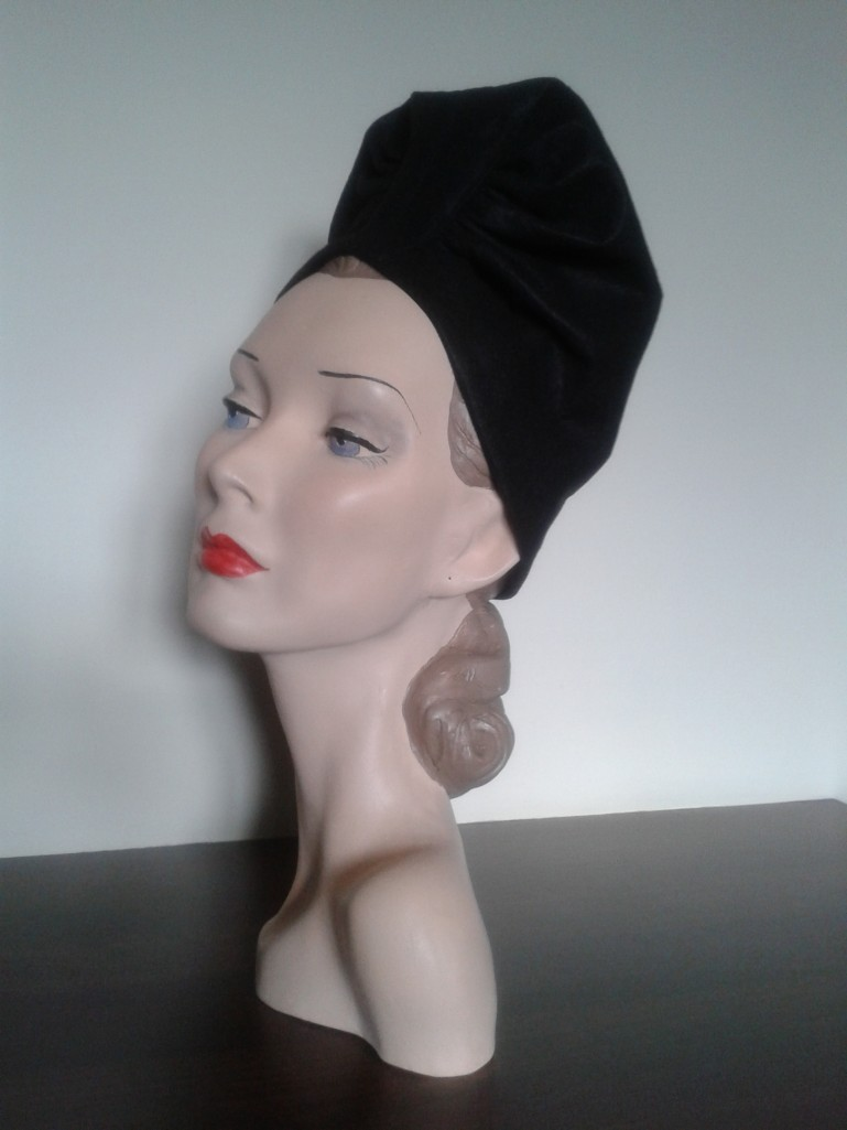 1940's Ruched Turban